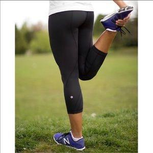 Lululemon💕Inspire Black Luxtreme Crop Leggings